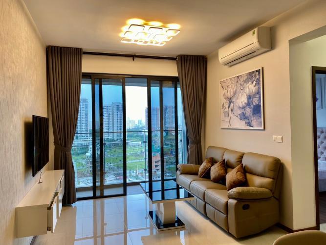 Phòng khách One Verandah Quận 2 Căn hộ One Verandah tầng trung, view sông và thành phố thoáng mát.